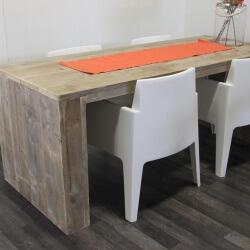 Steigerhouten tafel New York