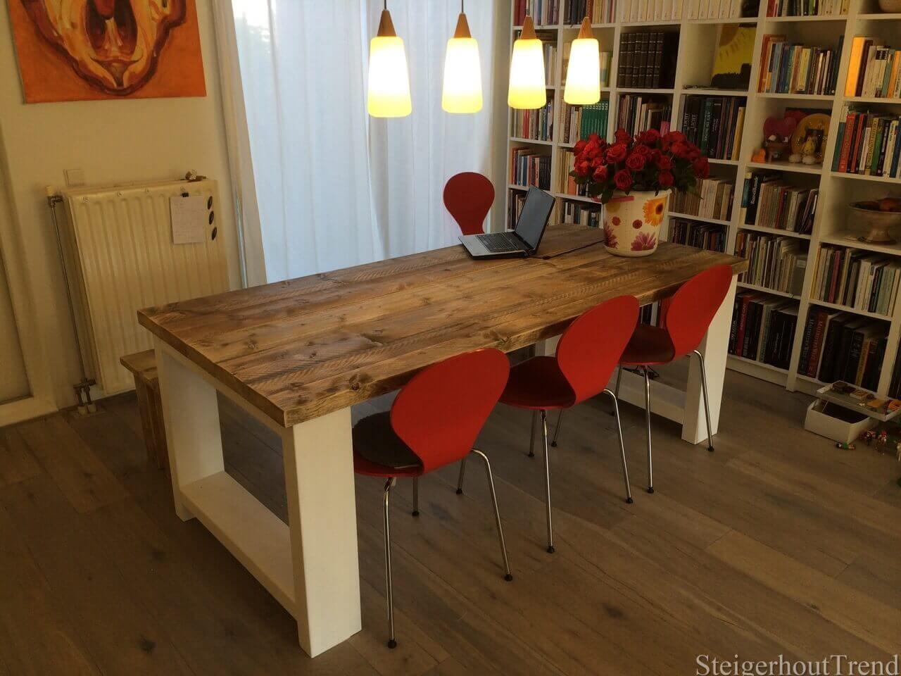 Steigerhouten tafel tula steigerhouttrend - Ruimte model kamer houten ...