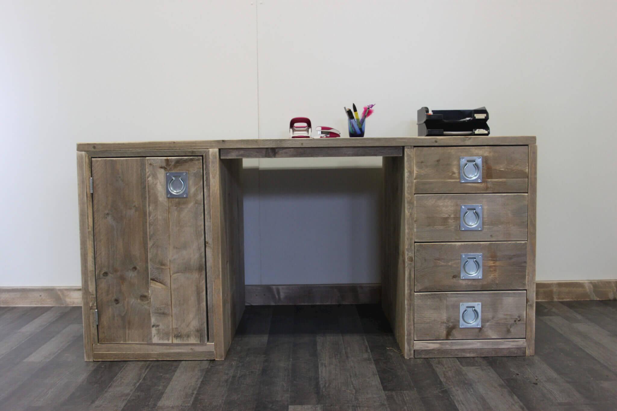 Steigerhouten bureau akron steigerhouttrend for Bureau kinderkamer