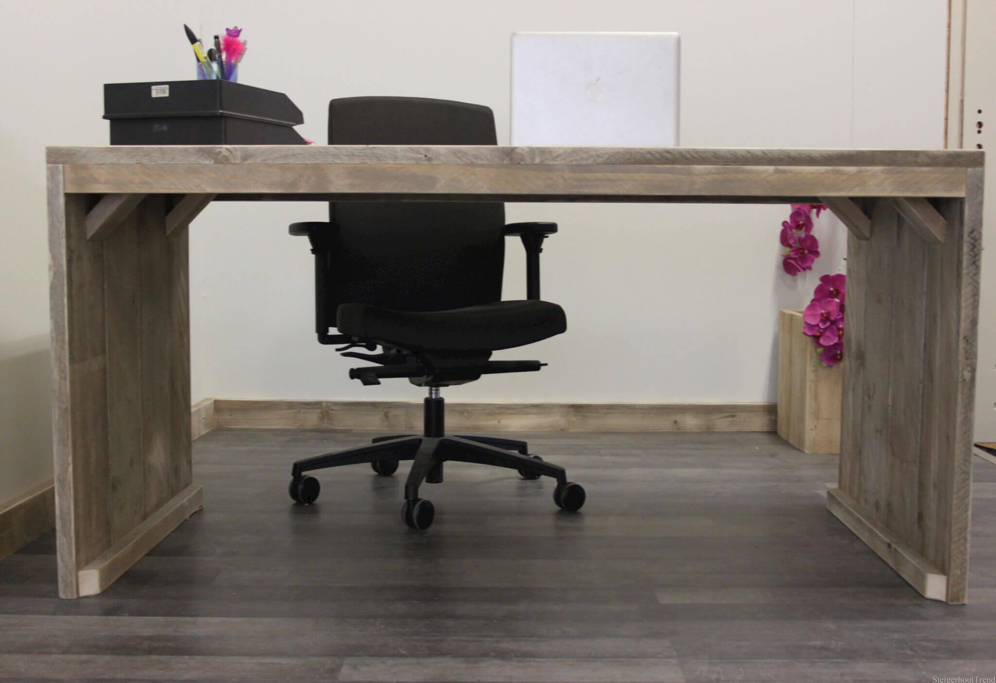 Buiten overkapping buitenkussens op maat bureau decoratie bureau inrichten bureau - Decoratie bureau travail ...