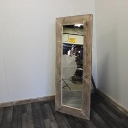 Steigerhouten spiegel Melita