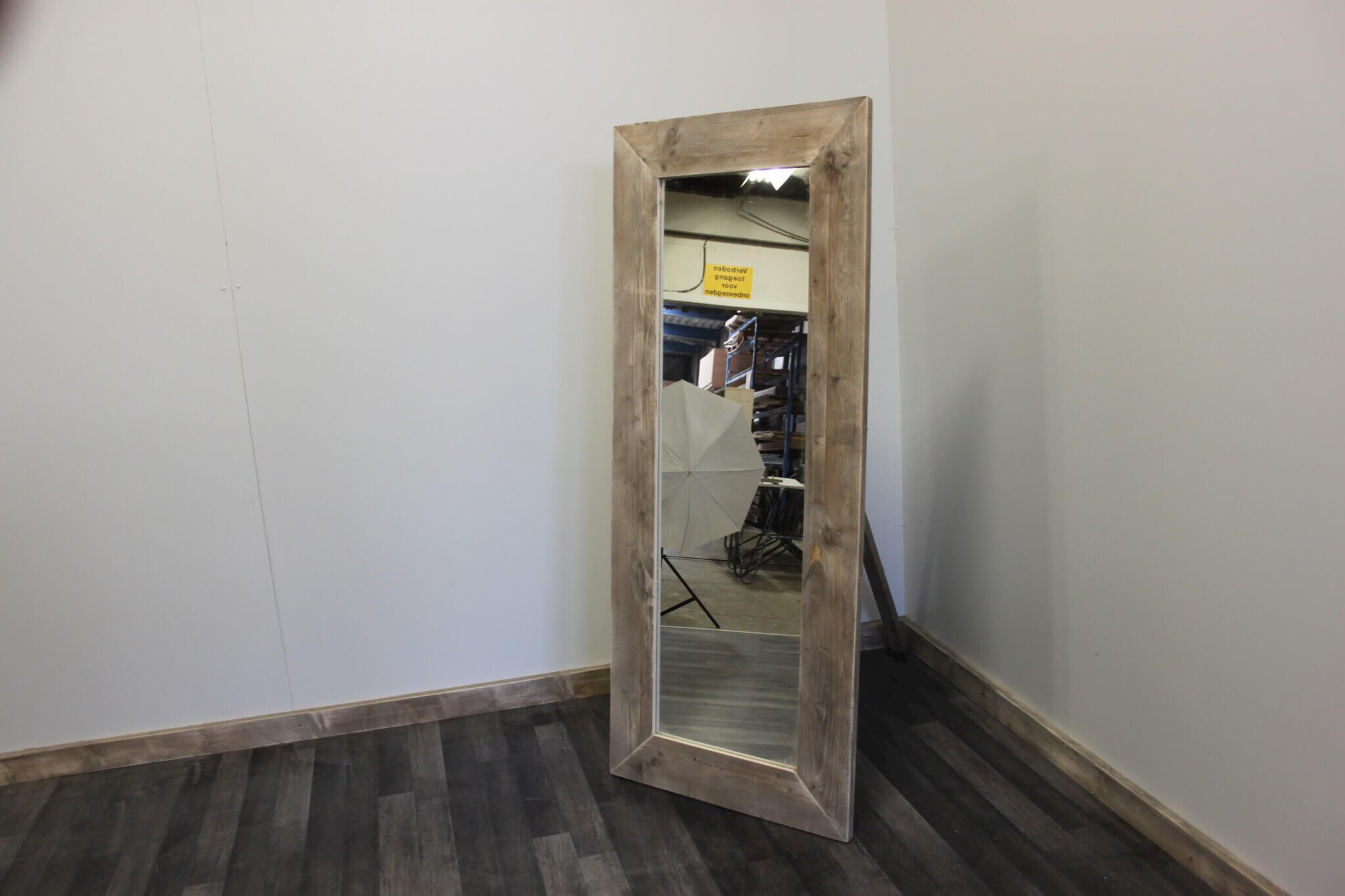 Slaapkamer Spiegel : Steigerhouten spiegel Melita – SteigerhoutTrend