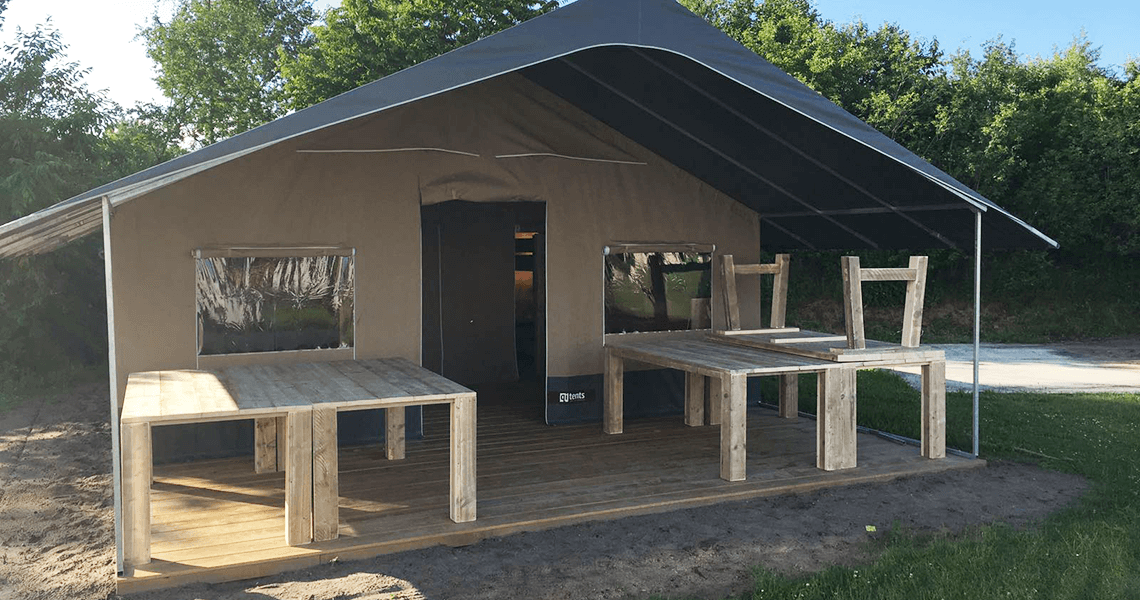 amping Molencaten inrichting steigerhouten tafels