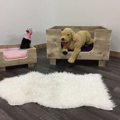 Steigerhouten hondenmand Milow