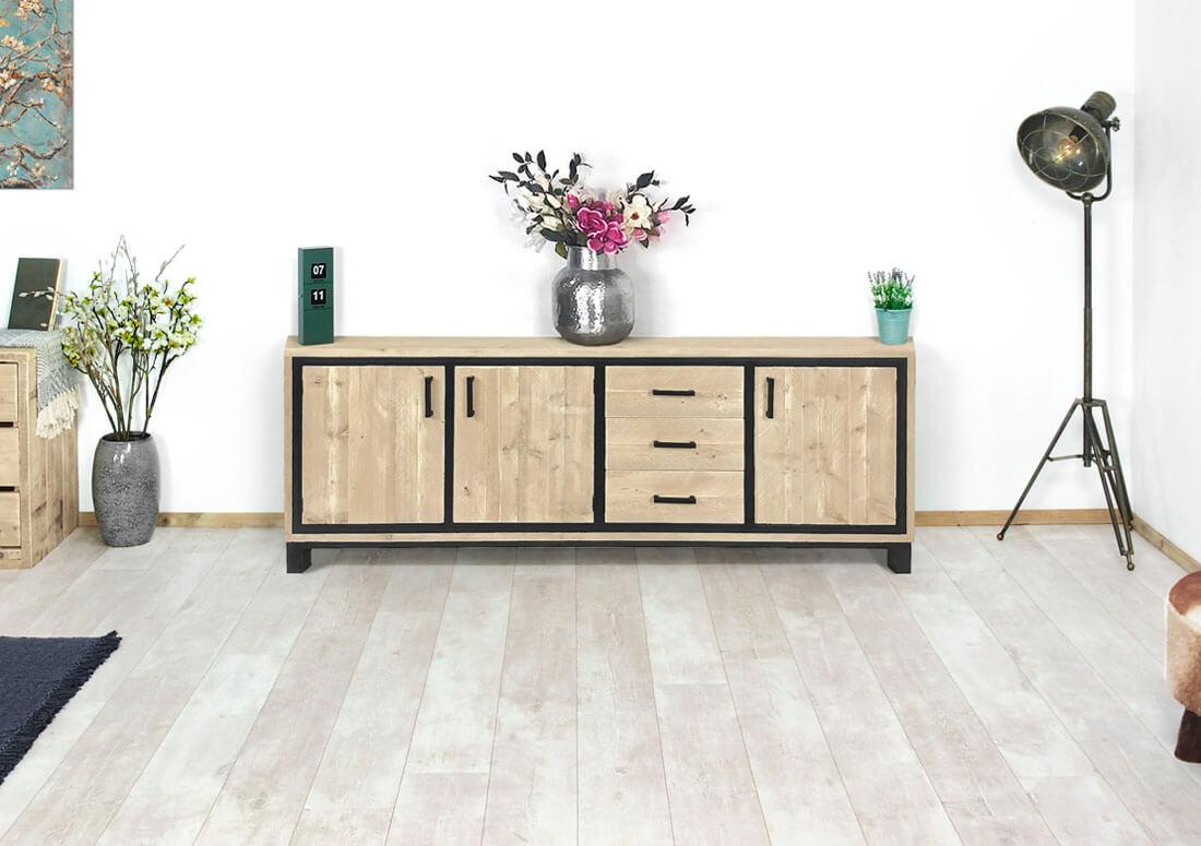 Steigerhouten tv meubel lowes met industrieel details for Meubels industrieel