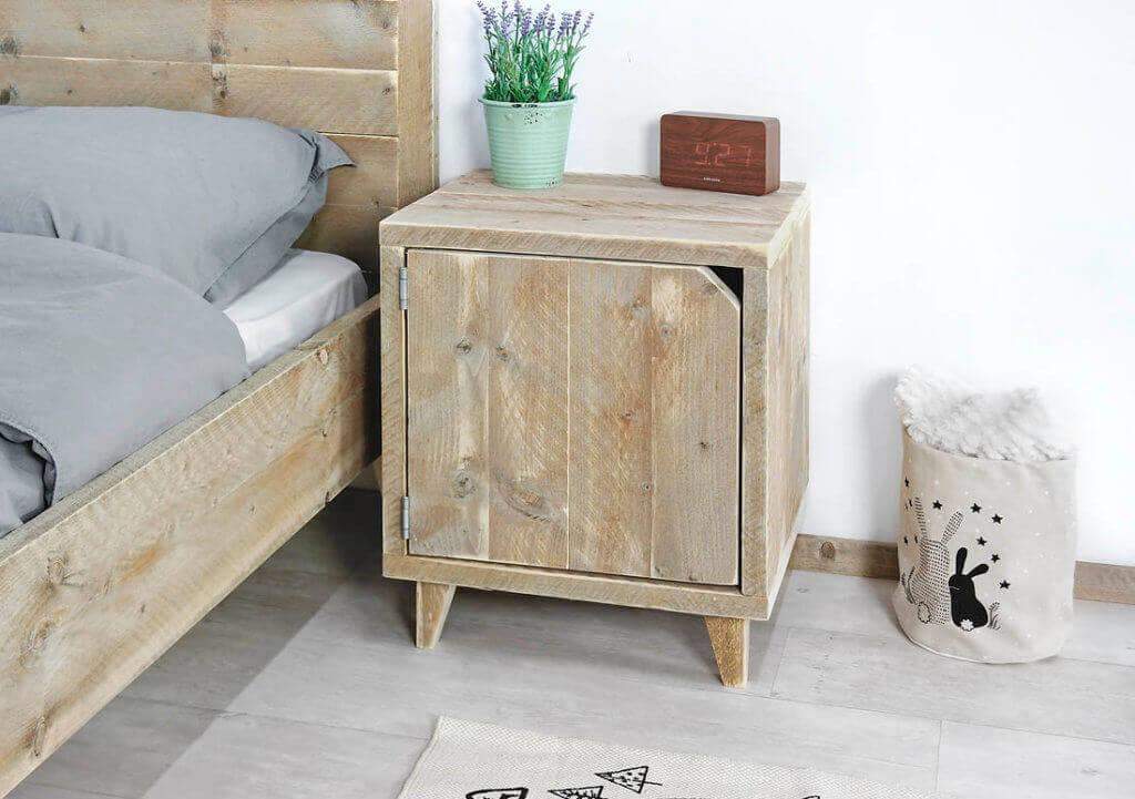 Steigerhouten nachtkastjes op maat gemaakt voor thuis en bedrijf