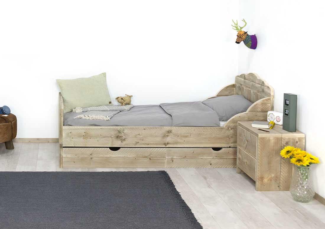 Steigerhouten bed Capac