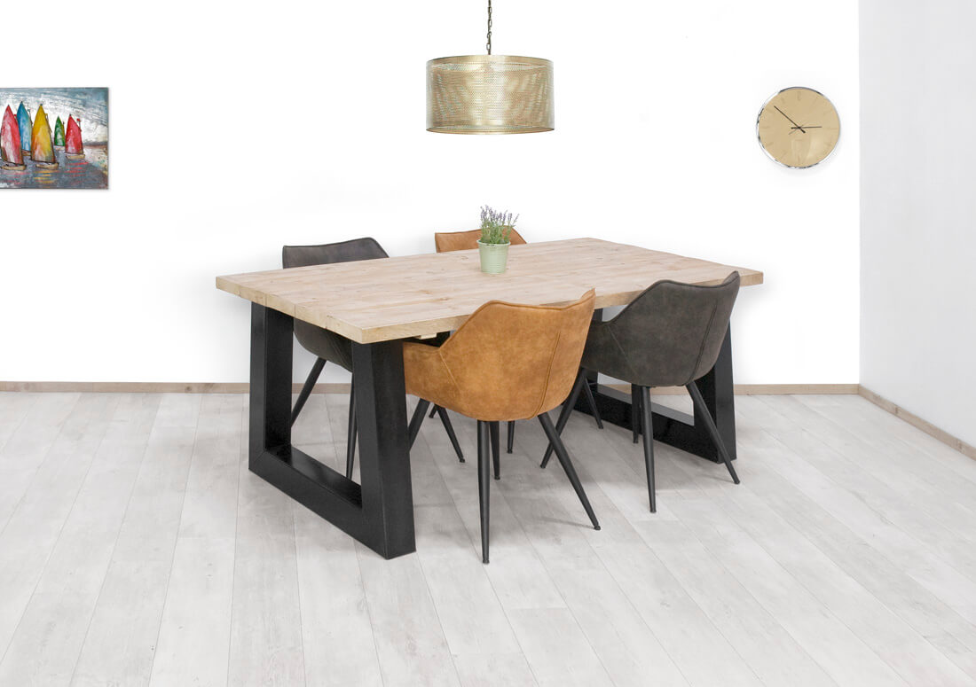 Steigerhouten tafel Rofe