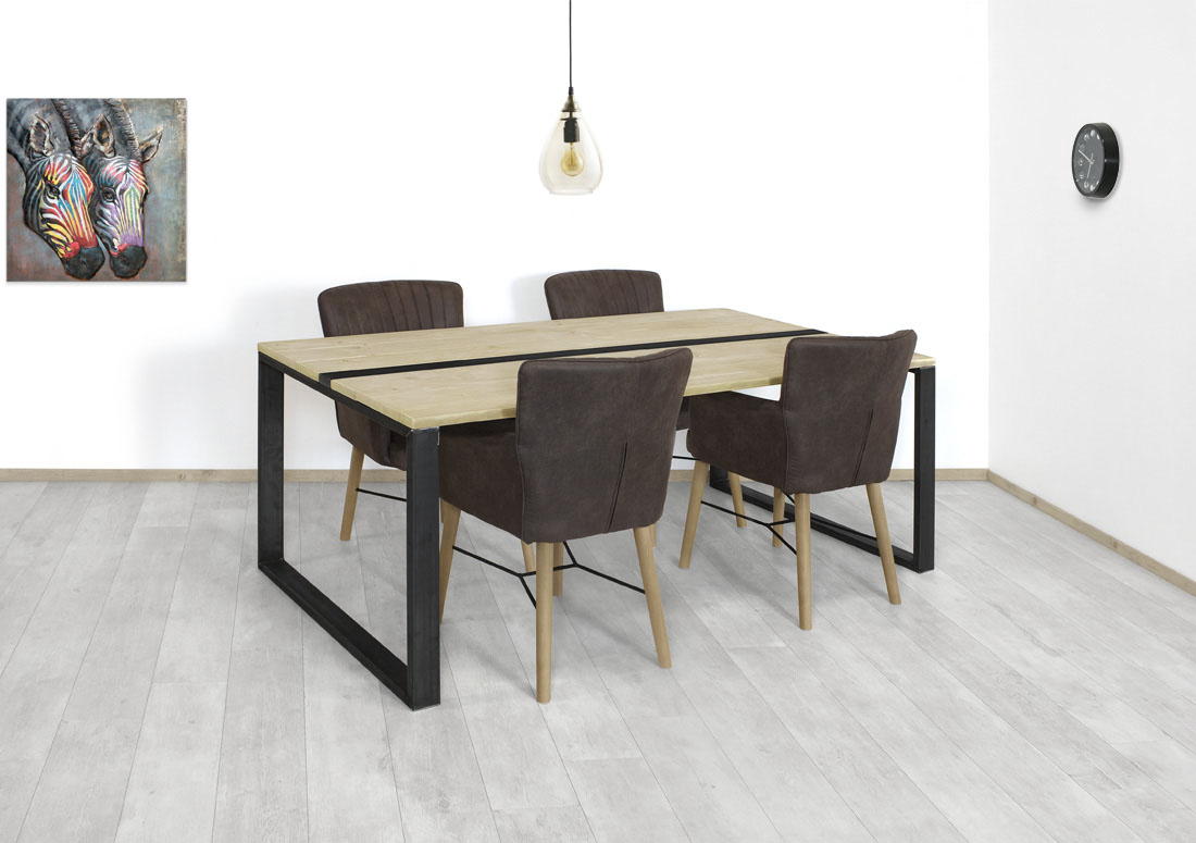 Steigerhouten tafel Belton