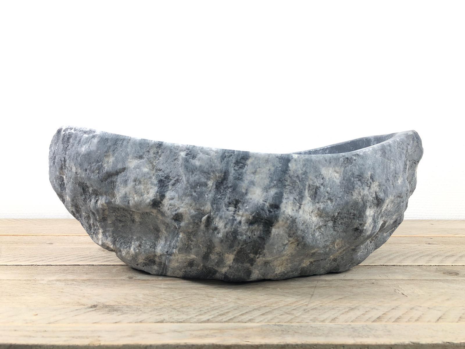 Natuursteen waskom   W086   40,5 x 35 x 12,5 cm
