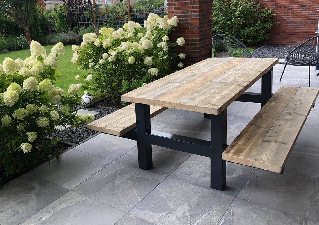 Picknicktafel Yale van steigerhout met industrieel frame