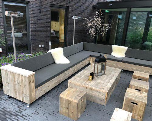 Loungeset voor terras Hotel van der Valk